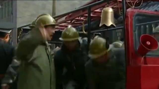 影视:收了金条的消防员,跟打了鸡血似的,火势瞬间变小了!