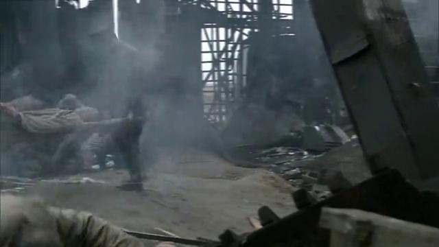 长沙保卫战:长沙房屋被毁百姓葬身火海,给长沙古城雪上加霜