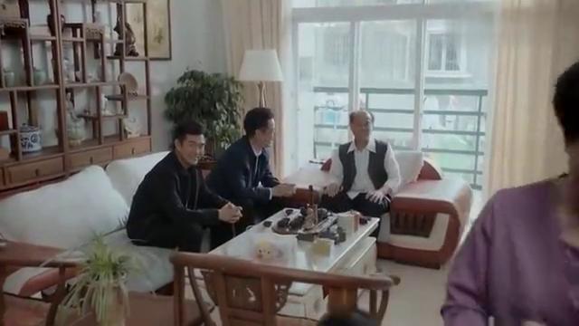 一诺无悔9:县委书记亲自去请杨杰,他居然还不给面子,太尴尬了