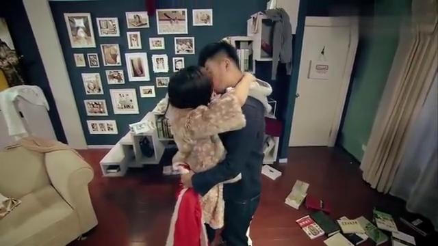爱情公寓:曾小贤胡一菲这一吻,感动了多少观众?