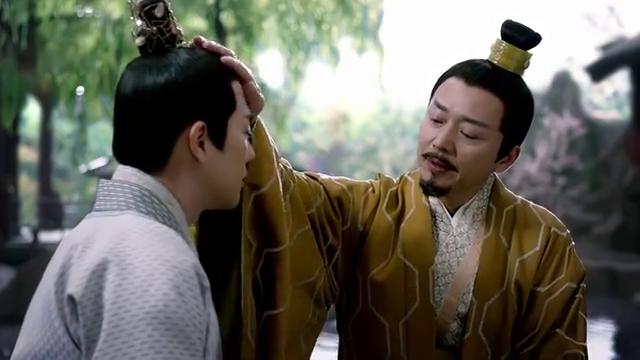 元漓向父皇请求去太常寺学星象,不想理朝堂琐事,元安拿他没办法