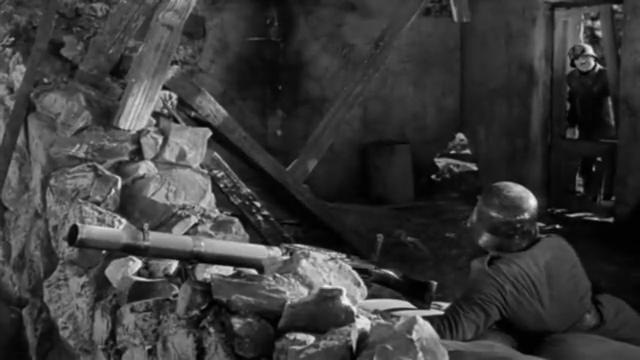 大独裁者:喜剧大师卓别林第一部有声电影,永恒的经典
