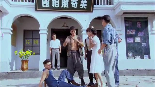 东江英雄刘黑仔:黑仔提起戴再初,这时他们听到了哭声,是简伯的