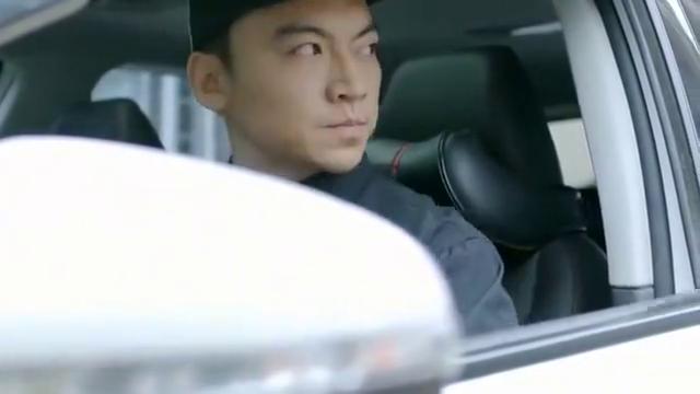 婚姻时差:刘英雇私家侦探日夜寻证,没想到还真抓到周兴小辫子