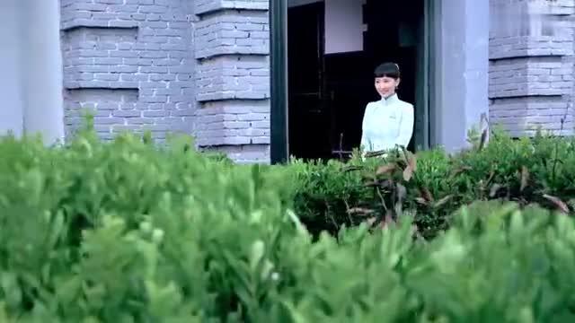 雪豹坚强岁月第07集:周卫国要出国留学,萧雅含泪和他告别