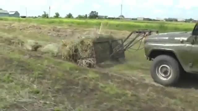 大写的服!老外把越野车改装成了这样,铲车可以下岗了吗?