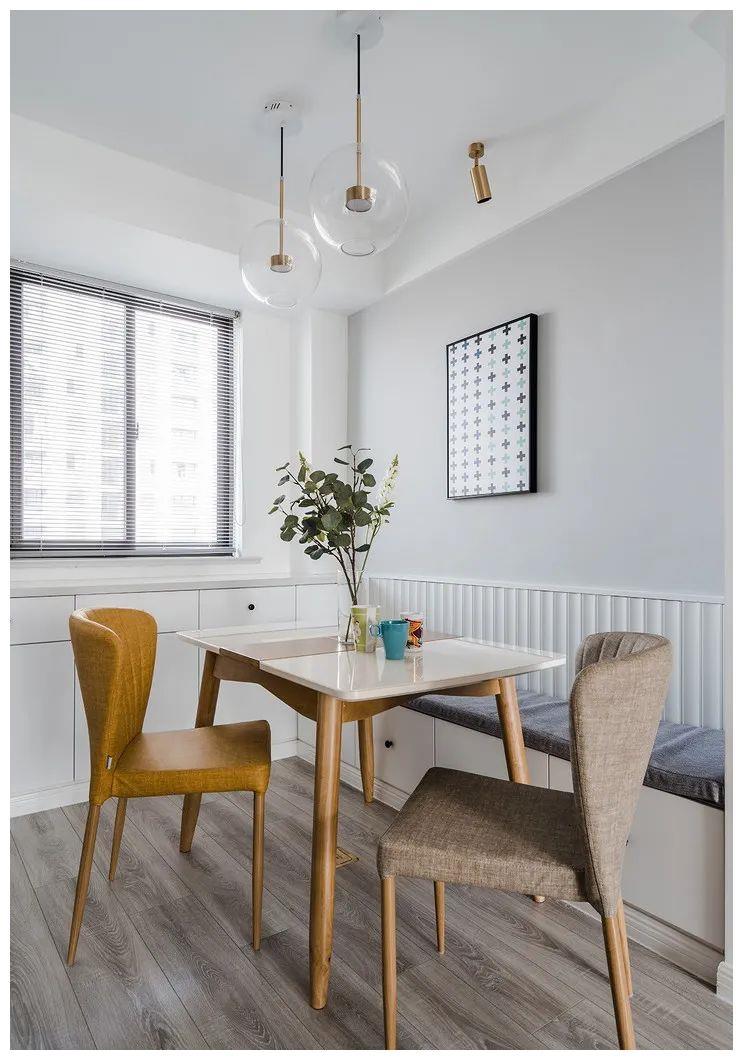 餐厅空间太小?不妨这样装个卡座,少买2个椅子,省钱又实用!
