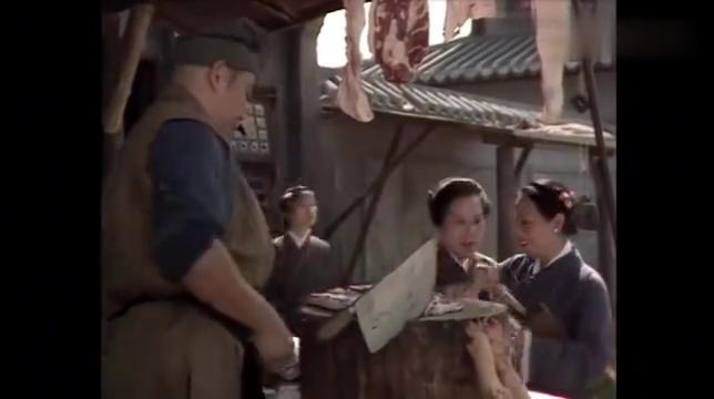 八仙过海:将军摆摊卖猪肉,一刀下去说几两就几两,大妈偏不相信