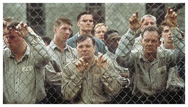 豆瓣排名第一!史上最佳影片《肖申克的救赎》凭什么火了25年?