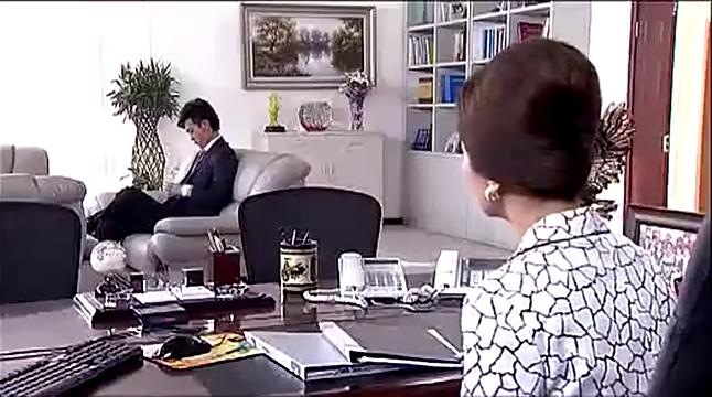 娘家的故事:俊贤为帮小南澄清事实,与母亲翻脸吵得不可开交