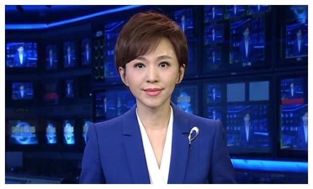 """主持《新闻联播》的欧阳夏丹""""消失"""",真实原因引发观众热议"""