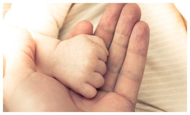 韩国总和生育率全球倒数第一,年轻人,你为什么不愿结婚生孩子?