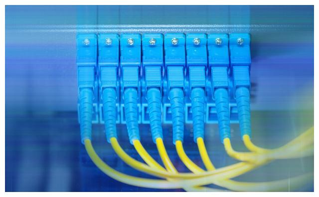千兆双纤光纤收发器降低衰减值和减少串扰的措施有哪些