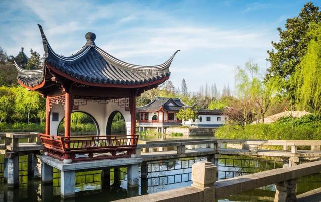 """上海""""最高人气""""的公园,园内建筑不输苏州园林,却免费对外开放"""