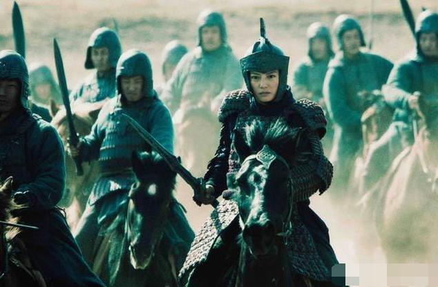 《木兰之巾帼英豪》即将上映,刘泳希饰演花木兰,霸气与美丽共存