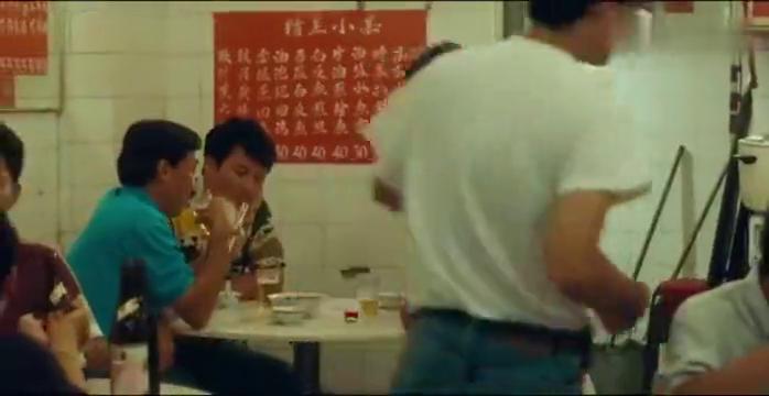 五福星撞鬼:冯淬帆用鬼诈赌,谁知却被牌友发现,简直太惨了