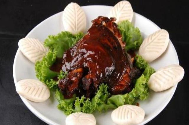 """5种北方人当""""宝贝""""一样的美食,却被南方人嫌弃:看了没胃口!"""