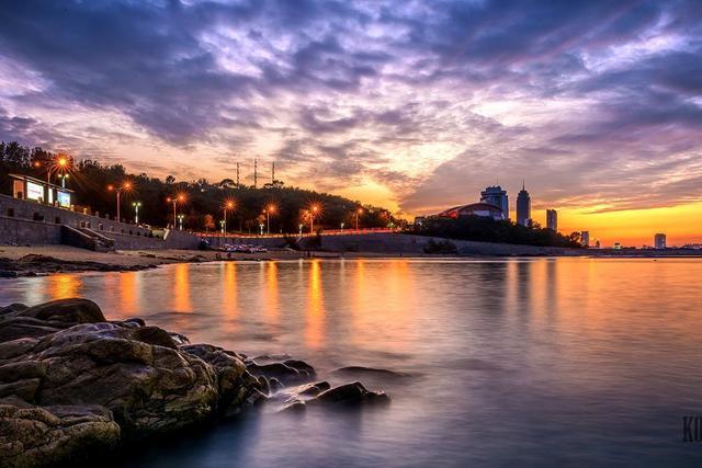 山东独具魅力的城市,海滨风光不输青岛,被誉为宜居城市的典范