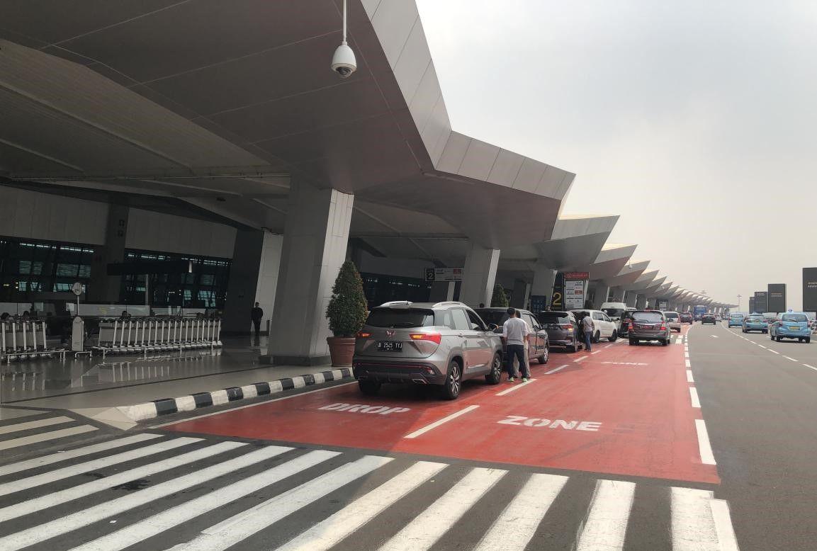 """""""五菱魔咒"""":每天一定会看到一辆五菱车,在印尼貌似也成立"""