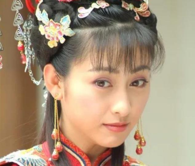 她痴迷大25岁渣男张铁林,为何转头嫁给大23岁李子雄,至今息影
