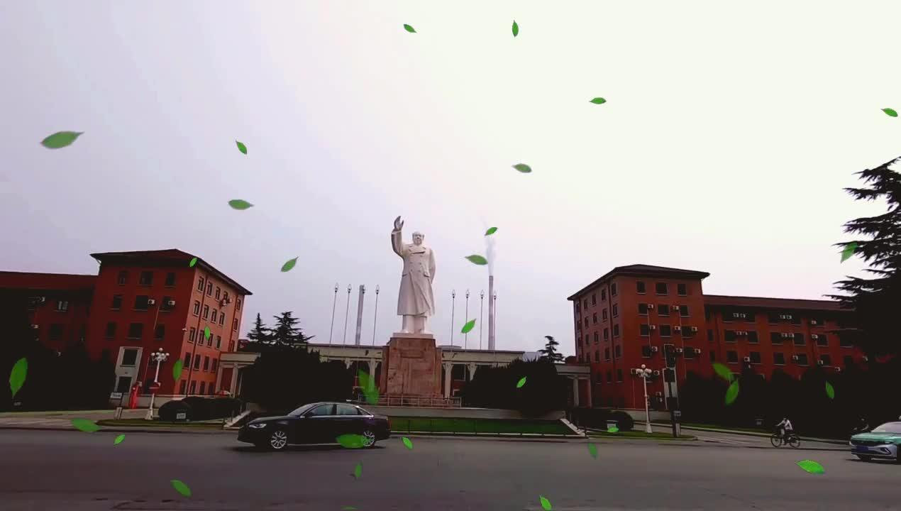七一探访洛阳最大的工厂,一个厂半座城,苏式建筑群旁重温东方红