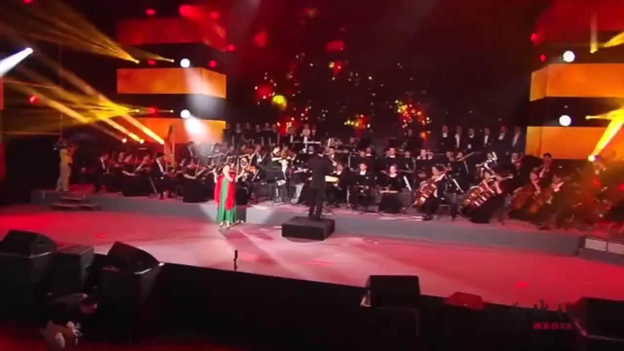 蒋大为高徒王倩演唱新疆民歌一杯美酒人美歌甜好听