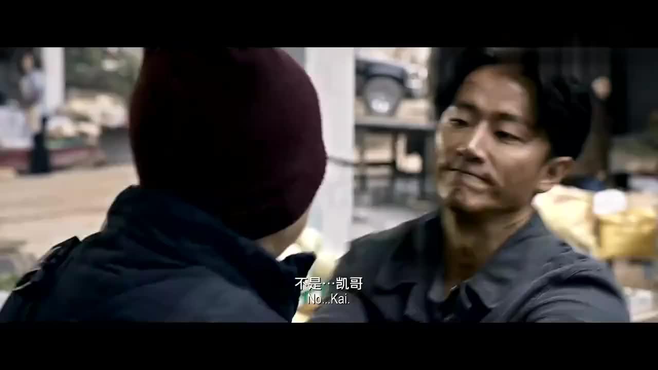 非凡任务:林凯在跟小伙说话的间隙,做了什么你看明白了吗