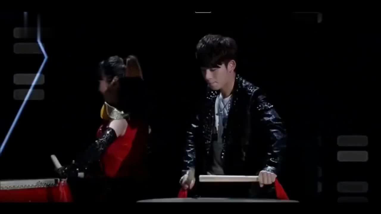 李准基陈翔同台跳舞嗨爆全场,谢娜惊讶两人简直太像了