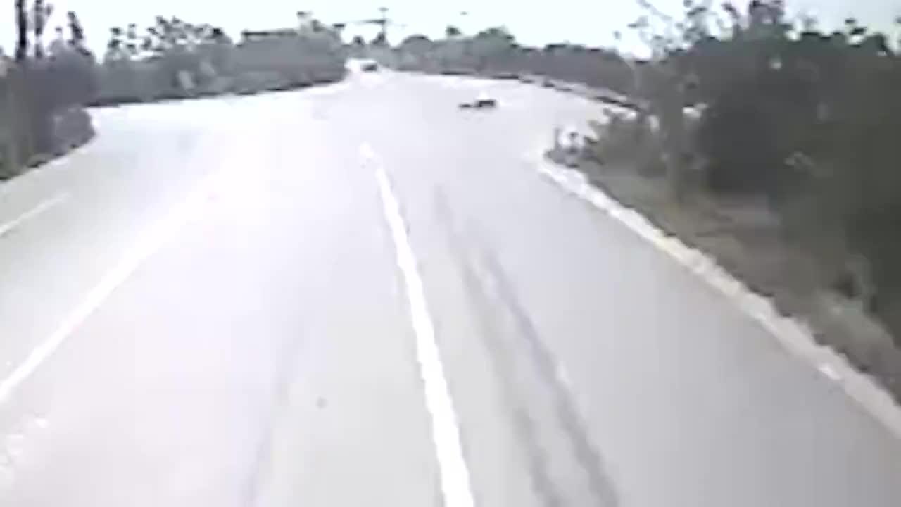 路遇老人晕倒公交司机将其送医
