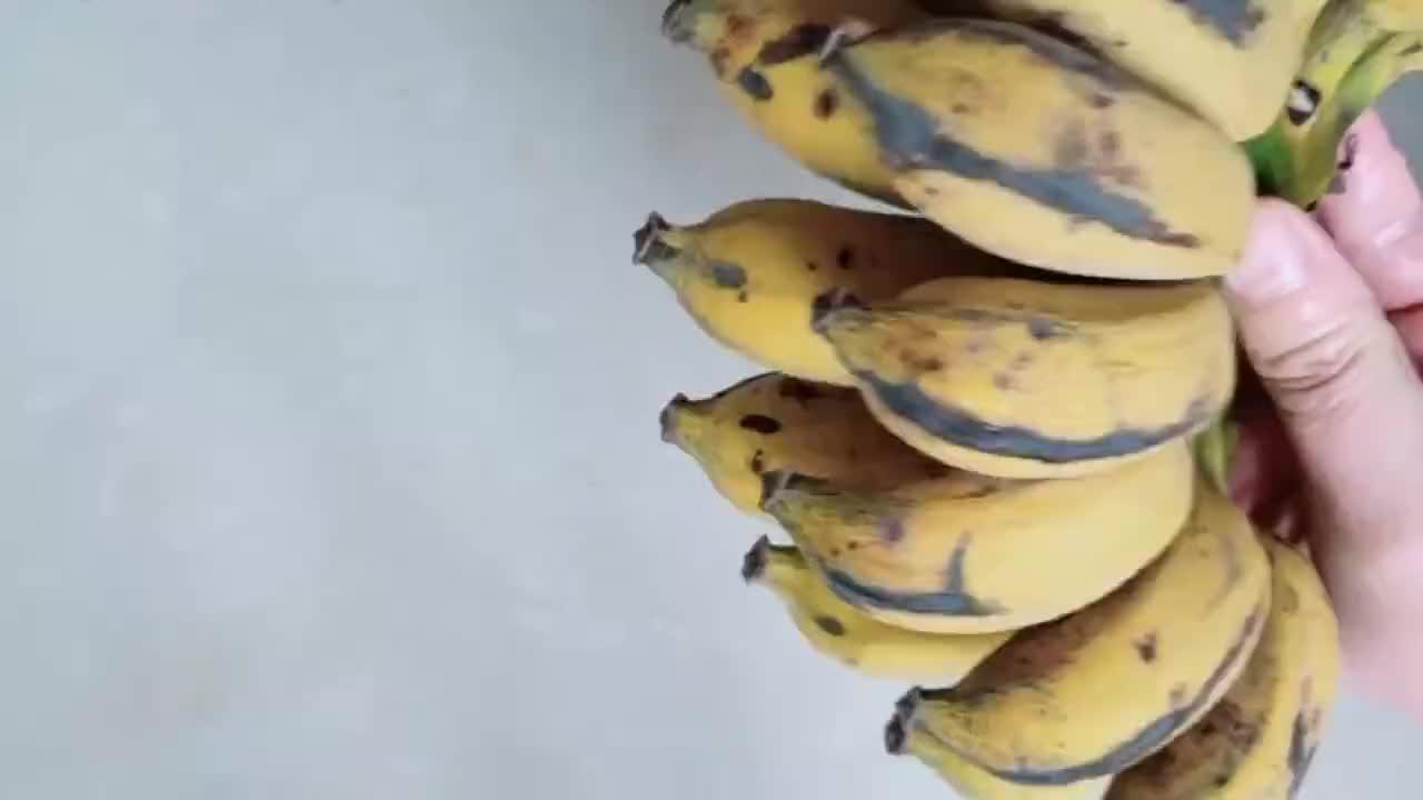 教你在家做香蕉饼,原汁原味,外脆里嫩,香甜软糯美味营养!