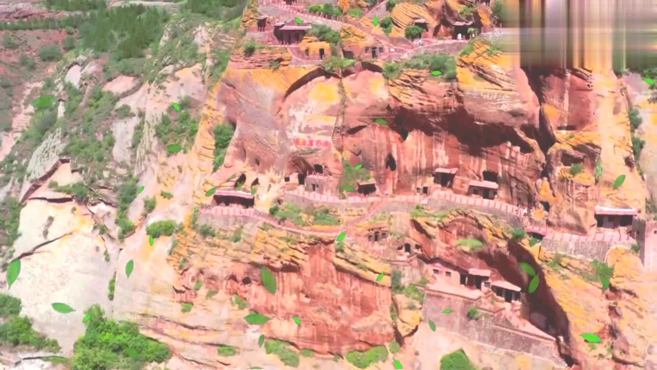 陕北一座被挖空的大山是什么样子的,看完这个视频就知道答案了