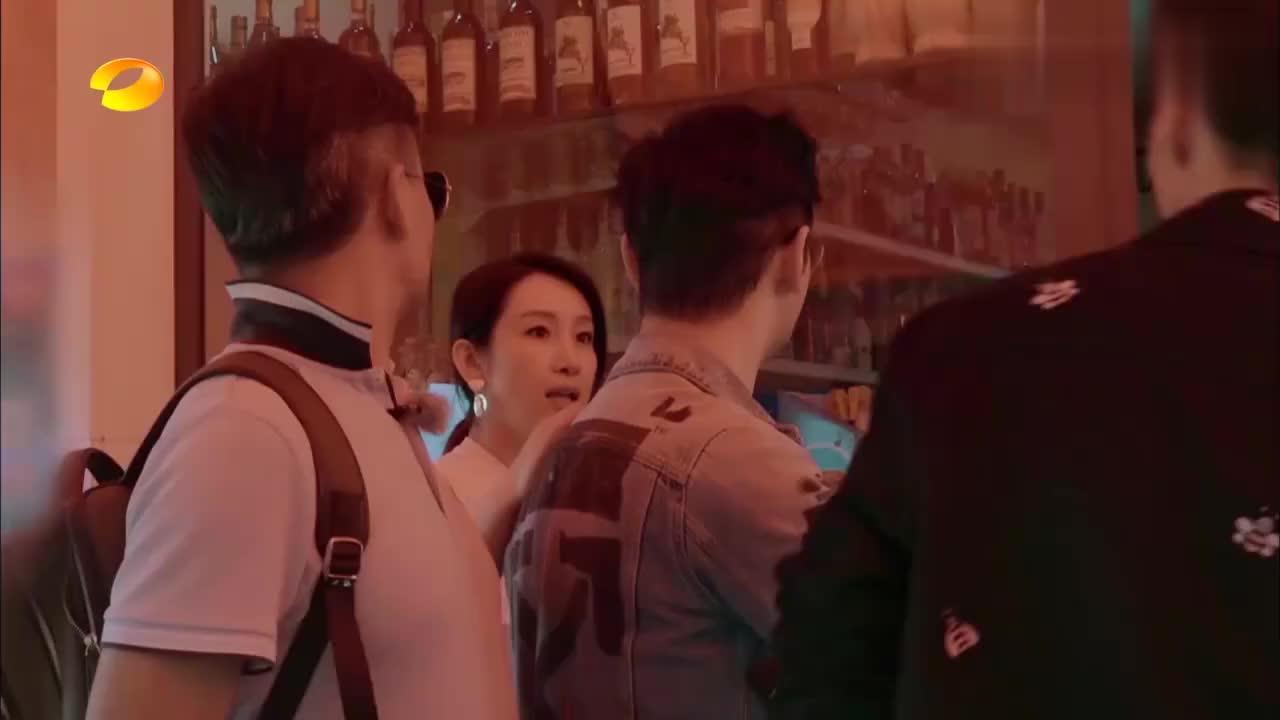 中餐厅:王俊凯为了换白糖,霸道总裁形象都不要了,全程装可爱!