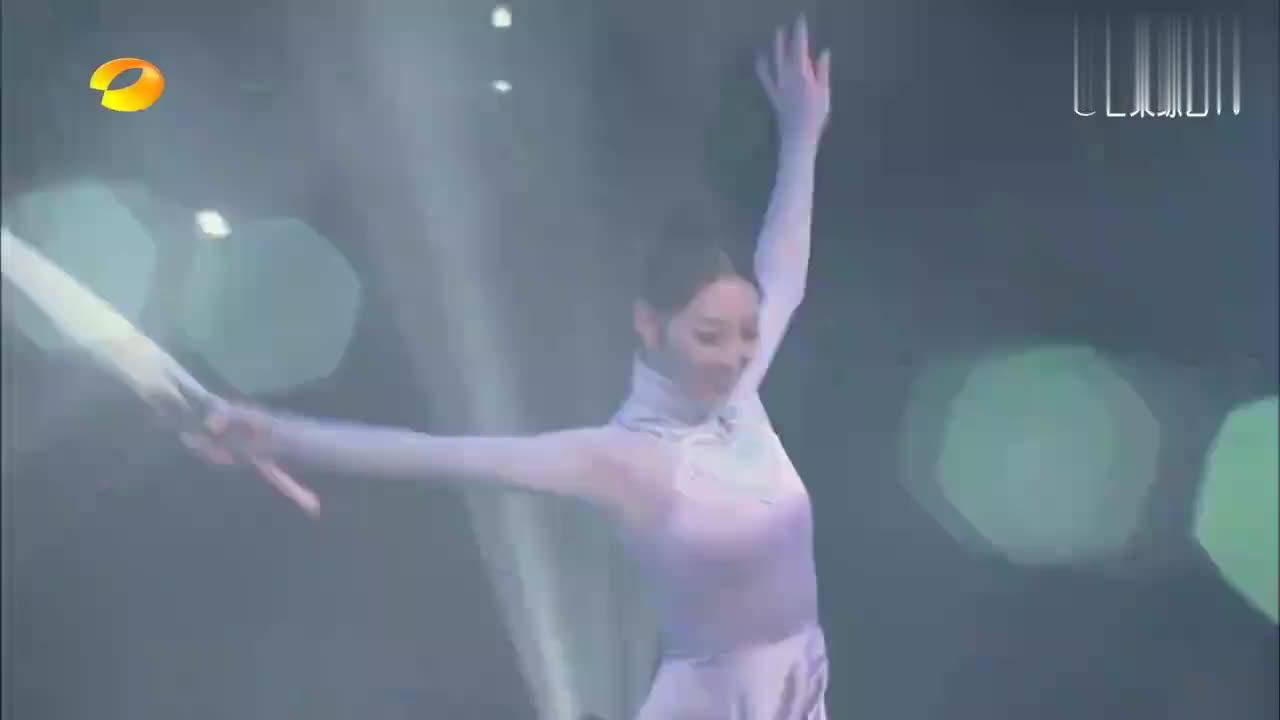 王占峰敖定雯《守候》,芭蕾舞技压全场,评委直呼:漂亮!