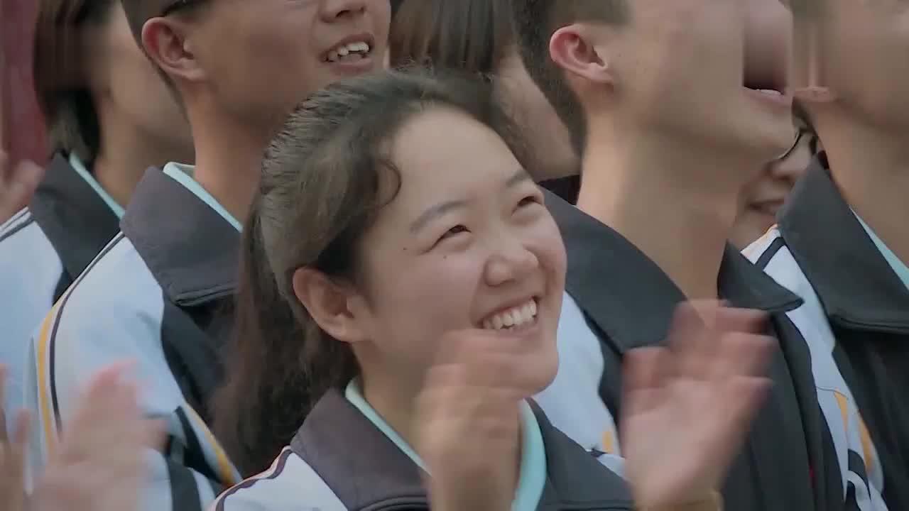 《少年说2》:40岁老师受学生鼓励,第一次向父母说我爱你!