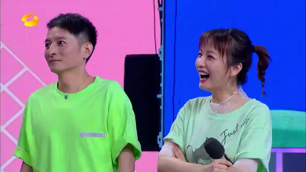 """快本:王俊凯竟是""""老歌迷"""",一曲《星星点灯》,直击内心!"""