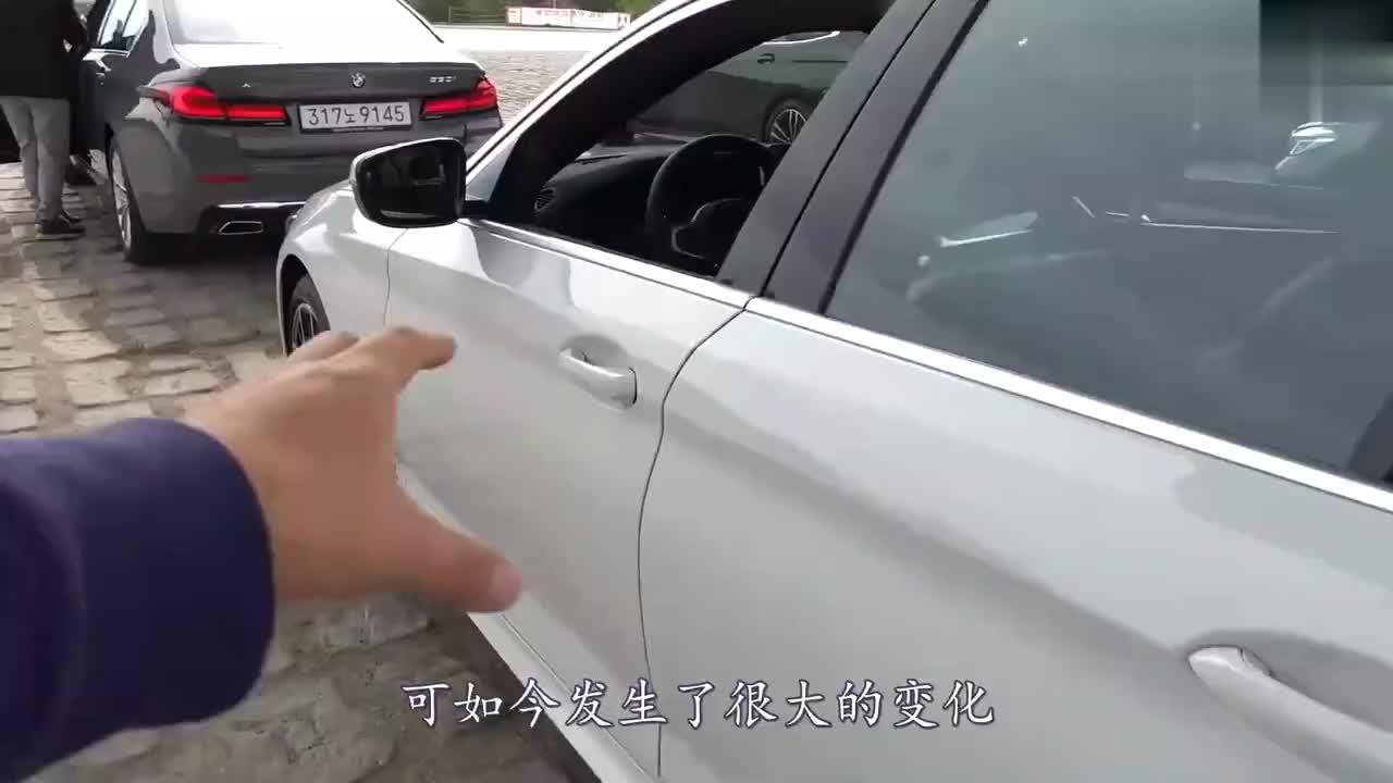 视频:丰田又赢了!比奥迪A6漂亮10倍,油耗4.6L,后排放倒可当床