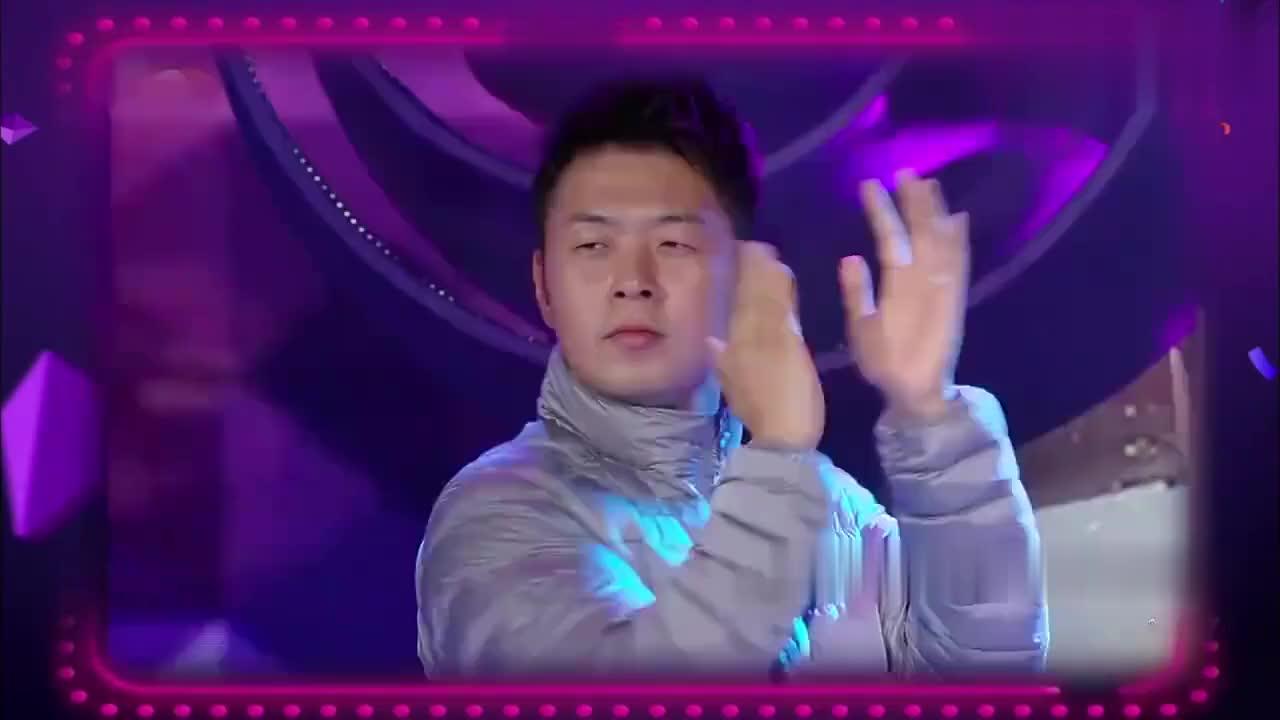 沈梦辰杜海涛激情表演热舞,这一段甜到鼾!在家没少练