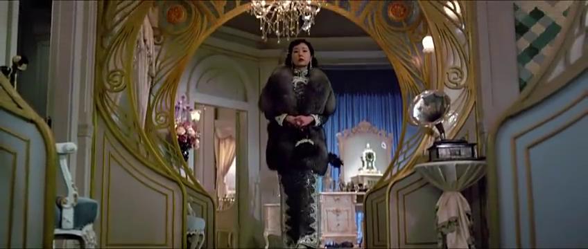 大帅在剧院和孟思凡观看,维邦拍的电影女歌半夜