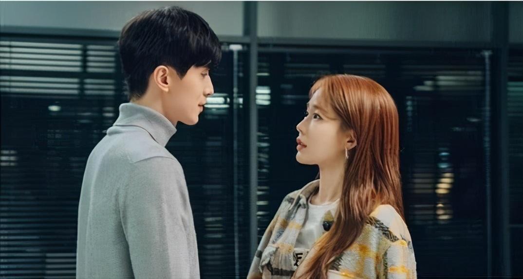 《爱我的间谍》首播上榜,刘仁娜秀智新剧看点多多,都胜过李栋旭