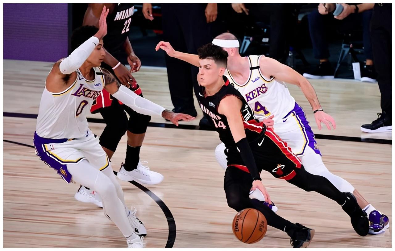 NBA总决赛湖人与热火的第五场竞赛将于北京时间10月10日早上9点开打