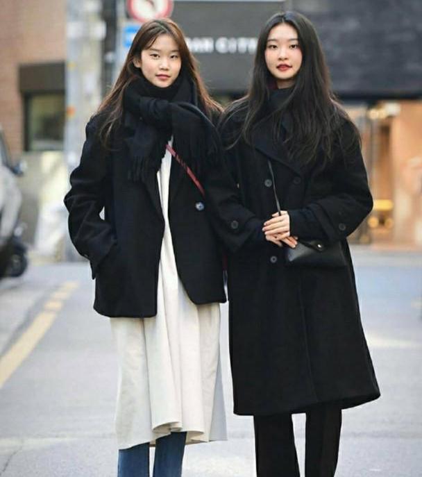 """韩国女生就是会穿!""""秋装街拍""""简单又气质,时髦精们都在照着穿"""