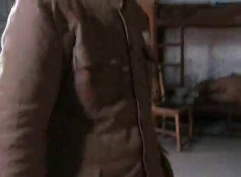 亮剑:晋西北铁三角在军事学校重逢!还都被分配去了扫马路!