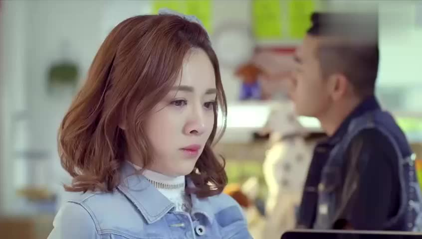 体育老师:小米失恋惹老板心疼,老板让她带薪休假,绝世好老板