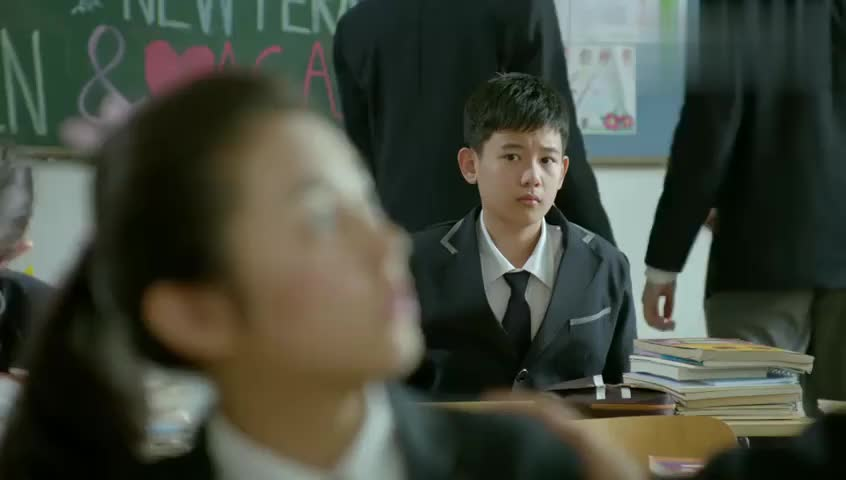 小别离:张小宇:你跟李想早恋朵朵瞪大眼睛,回到家跟爸爸板脸
