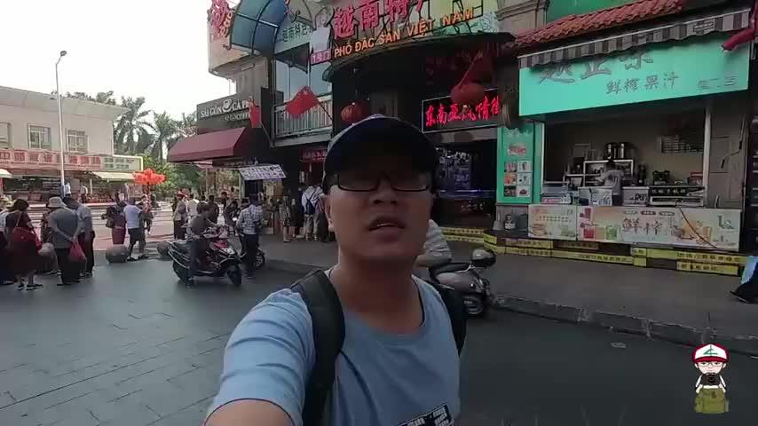 广西东兴口岸,花24元品尝越南鸡粉鸡排,份量太大吃撑了