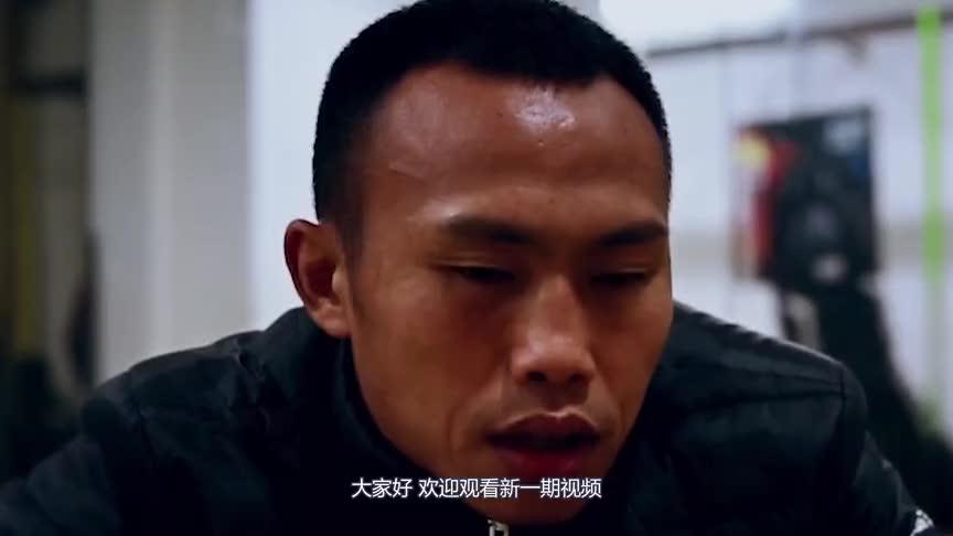 中国退伍军人的铮铮傲骨,与外国猛将重拳对攻,额头都被打出大包