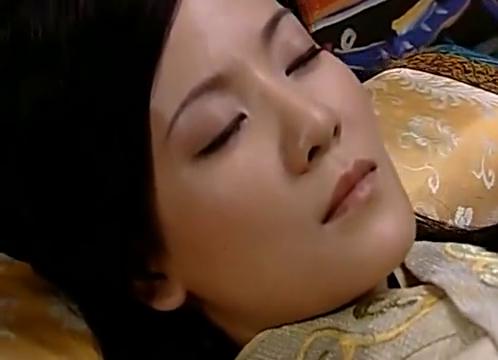 大汉天子:陈阿娇病重,把母亲当做皇帝,还要自己穿寿衣