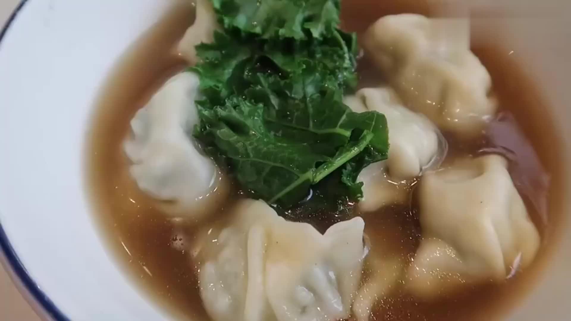 羽衣甘蓝猪肉饺子,荤素搭配,真材实料!