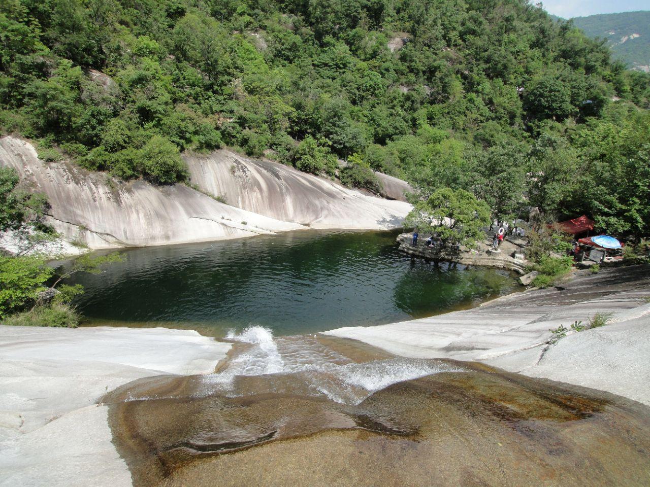 """河南被忽略的一处景区,有""""中原第一瀑布群""""美誉,是4A景区"""