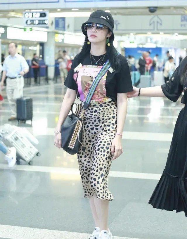 组图:不同身材的美女如何挑选和穿搭?这份穿搭攻略请收下